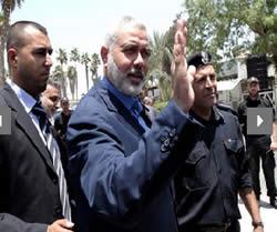 Ismail_Haniya_Rafah_Crossing_to_Egypt_July_29_2012