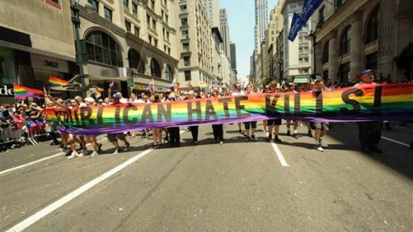 pride muslim An unofficial gay pride parade organised by a right-wing nationalist is planned for july 29 to run through a predominantly immigrant neighbourhood with a large muslim population.